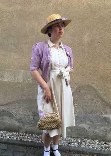 Lata 30. – letnia sukienka z wrzosem