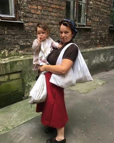 Powstanie Warszawskie – matka z dzieckiem
