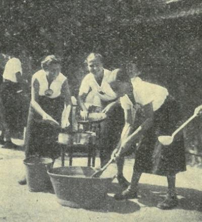 """""""Wędrujące dziewczęta"""" – Drużyna Pracy Społecznej"""